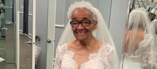 La abuela Martha Mae se casó en 1954 pero no pudo vestirse de blanco (Facebook, ERIKATUCKER)