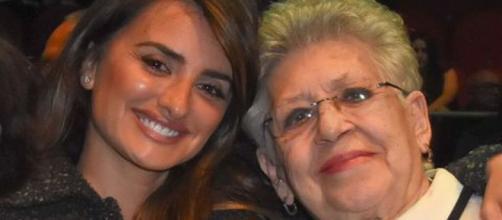 Penélope Cruz y Pilar Bardem, en imagen (@divinity_es)