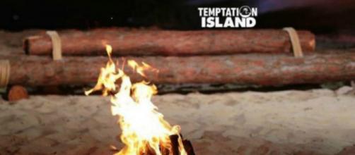 Anticipazioni Temptation Island: 2^ serata in onda il 5 luglio, Tommy chiamato a confronto.