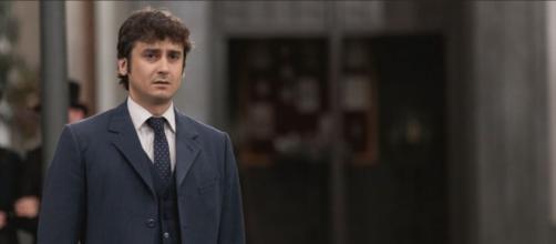 Una Vita, trame 12-18 luglio: Liberto convince Armando ad accettare il ricatto di Felicia.