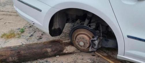 Al ladrón no le sirvió la rueda del coche (Instagram, p.noyabrsk)