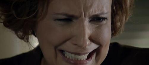 Eva fica obcecada em 'A Vida da Gente' (Reprodução/TV Globo)