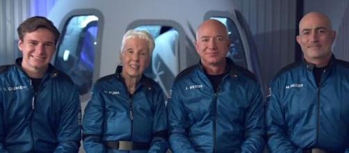 Jeff Bezos successfully completes space flight (Image source: Handout image)