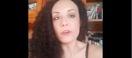 Ilaria Di Roberto ha rilasciato un video su Facebook.
