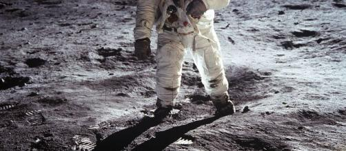 Michael Ranger, artista di effetti speciali mostra per la prima volta cosa ha visto Buzz Aldrin sulla Luna.