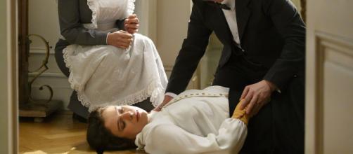 Una vita, trame spagnole: Genoveva finisce in ospedale dopo una spinta di Felipe.