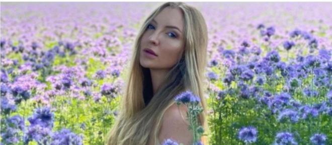 Una influencer vende 'su amor digital' por más de 214.000 euros