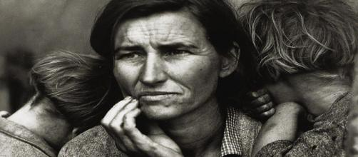 Dorothea Lange's Migrant Mother in 1936 (Image source: Bob Sinclair/Flickr)