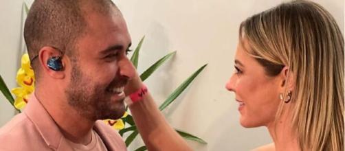 Paolla Oliveira e Diogo Nogueira estão namorando (Reprodução/Instagram/@hugogloss)