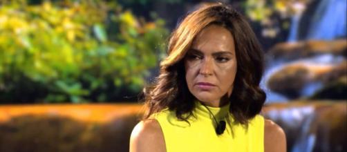 Olga Moreno no sabe que hacer ante tantas acusaciones en 'El debate final' (Telecinco)