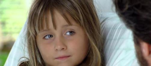 Júlia sela paz entre suas 'mães' em 'A Vida da Gente' (Reprodução/TV Globo)