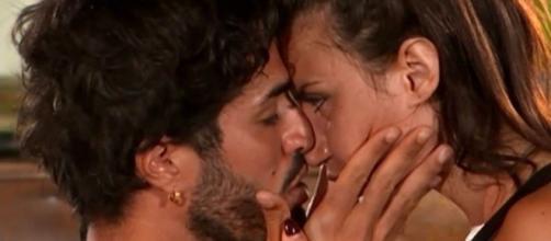 Temptation Island, Luciano Punzo: 'Io e Manuela ci stiamo conoscendo'.