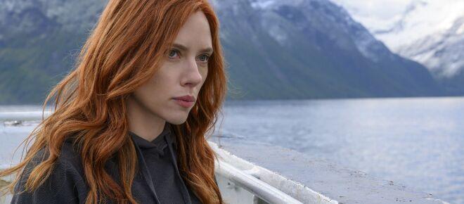 Scarlett Johansson fa causa alla Disney per Black Widow