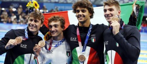 Martinenghi, Ceccon, Burdisso e Miressi si aggiudicano il bronzo nella 4x100 mista maschile.