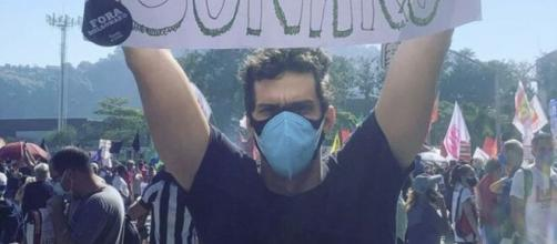 Rafael Infante participou de manifestação contra governo (Reprodução/Instagram)