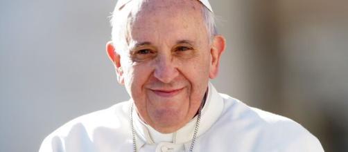 Papa Francesco ricoverato a Roma.