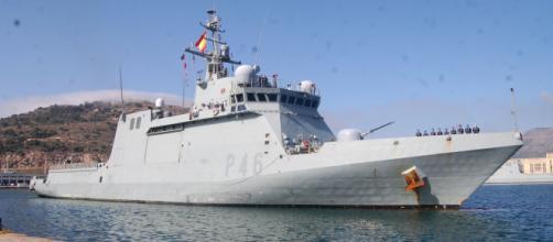 """El BAM """"Furor"""" vuelve a puerto tras completar con éxito su misión en el Golfo de guinea (Foto: Antonio Rodríguez Jiménez)"""