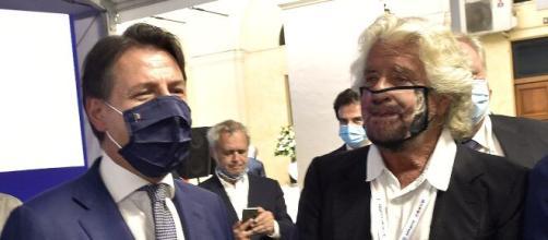 Giuseppe Conte assieme al garante Beppe Grillo.