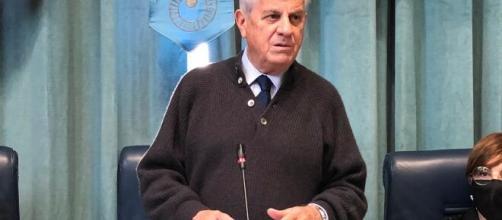 Il Sindaco Scajola torna a parlare della lite con i Carabinier i- fobte immagine primalariviera.it