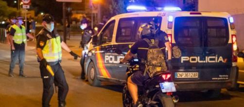 Los agentes de seguridad han revisado la casa de la mujer (Twitter: @policia)