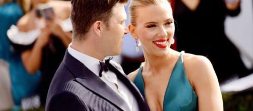 Scarlett Johansson incinta: primo figlio con il marito Colin Jost.