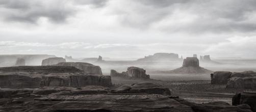 Xeric A fast moving wind/sand/rainstorm sweeps through the desert (Image source: John Mumaw/Flickr)