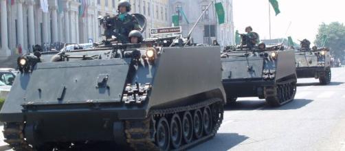 Forças Armadas realizam desfile (Agência Brasil)