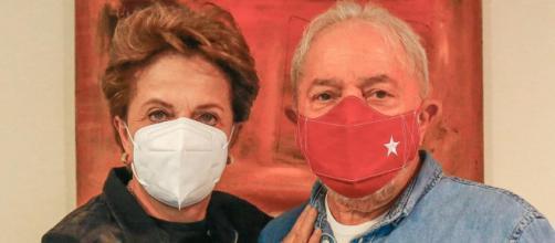 Lula e Dilma têm encontro e prometem derrotar Bolsonaro (Divulgação/Cláudio Kbene)