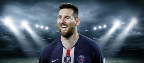 Messi ficha por el PSG ( Montaje Twitter PSG y Wikimedia Commons)