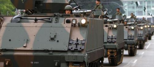 Militares farão desfile de blindados por Brasília (Agência Brasil)