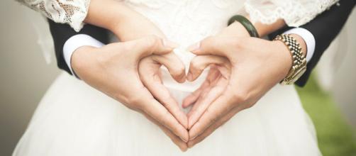 La boda indonesia que se celebró a través de una videollamada. (Foto Pixabay)