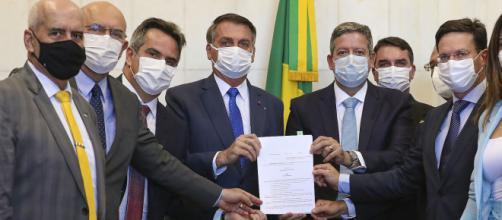 MP do Auxílio Brasil é entregue por Bolsonaro a Arthur Lira (Cleia Viana/Câmara dos Deputados)