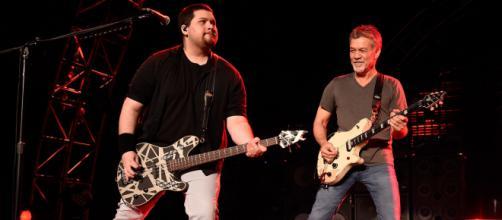 Wolfgang Van Halen ricorda il padre Eddie, morto poco meno di un anno fa.
