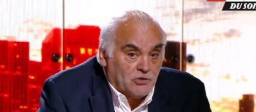 Gilles Favard défend Mandanda et s'en prend aux supporters de l'OM (capture L'Equipe du Soir)
