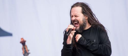 Il cantante dei Korn Jonathan Davis è positivo al Covid-19