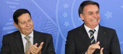 Mourão e Bolsonaro mantêm tensão na relação (Agência Brasil)