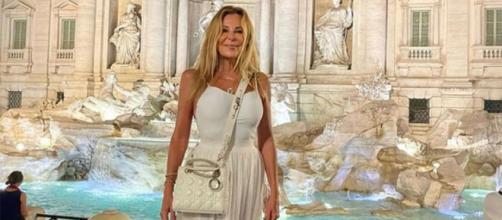 Ana Obregón en Roma, su primer viaje internacional tras la muerte de Aless. (Instagram @ana_obregon_oficial)