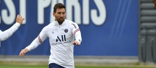 Le vrai salaire de Messi au PSG vient de fuiter (Source : Paris Saint-Germain via Twitter)