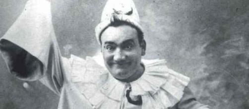 Il cantante lirico napoletano Enrico Caruso.