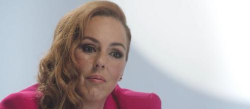 Mucha gente estaría intrigada con la desaparición de Rocío Carrasco de los medios - (Telecinco)
