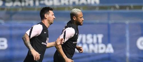 Leo Messi et Neymar partenaires au PSG. (crédit Twitter)