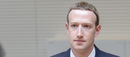 Mark Zuckerberg: secondo la Ftc Usa, Facebook Inc. deve vendere Instagram e Whatsapp per posizione di eccessivo dominio sul mercato.