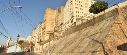 Muralhas do Frontispício, local histórico em Salvador (Arquivo Blasting News)