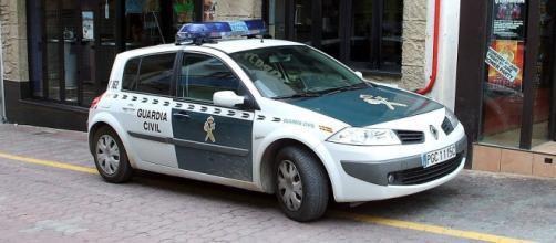 La Guardia Civil de Ibiza ha detenido a dos de los acusados del abuso (Wikimedia Commons)