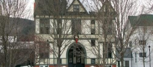 One of the buildings at Vermont Law School [photo credit: Meredith Leigh Collins via Flickr