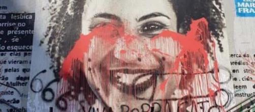 Escadão Marielle Franco, em SP, também foi manchado de tinta vermelha (Arquivo Blasting News)