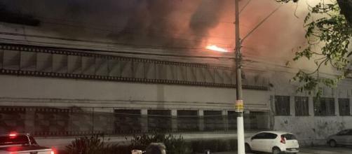 Incêndio na Cinemateca aconteceu na quinta-feira (29) (Reprodução)