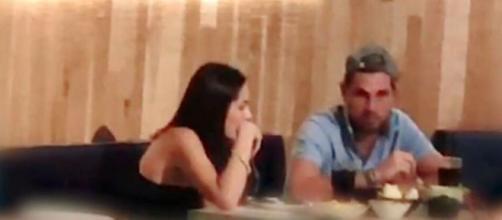 Tom y Sandra fueron vistos mientras compartían una comida. (Twitter @elprogramadear)