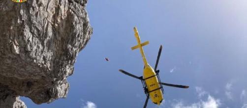 Belluno, alpinista milanese scomparso, la moglie: 'Federico è lì fuori che ci aspetta'.