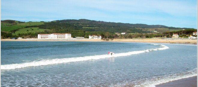 Investigan un abuso grupal a una menor de 17 años en la playa de Plentzia